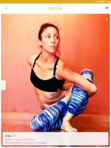 Example of a Bumble profile picture: woman in yoga pose